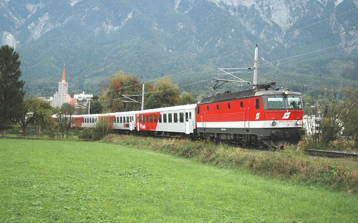 ÖBB 1144 next to Schaan