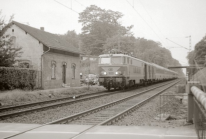 pictures/sncb-polycourants/1601-19780709-muengersdorf-1.jpg