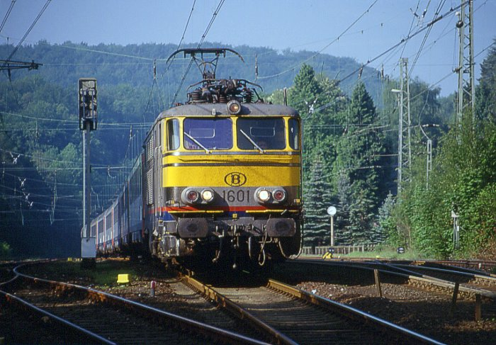 pictures/sncb-polycourants/1601-19980520-aachensued-1.jpg