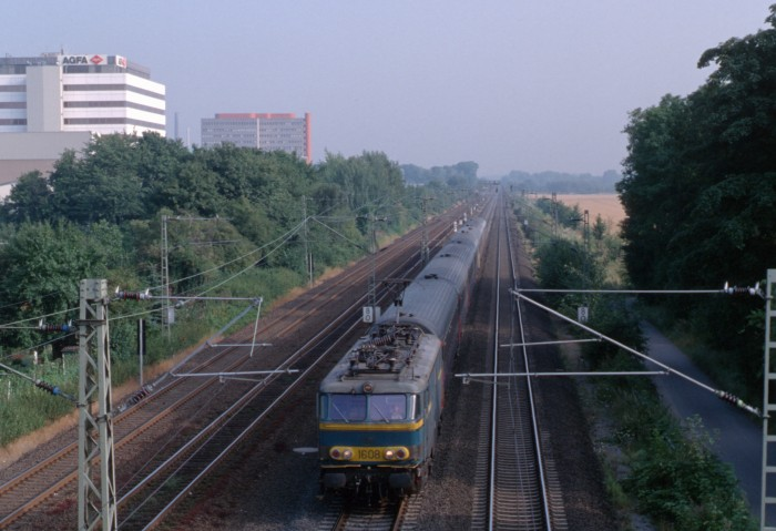 pictures/sncb-polycourants/1608-19960808-stammheim-1.jpg
