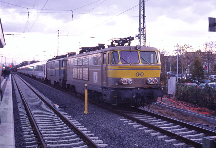 Gallery of SNCB/NMBS Polycourants 16/18