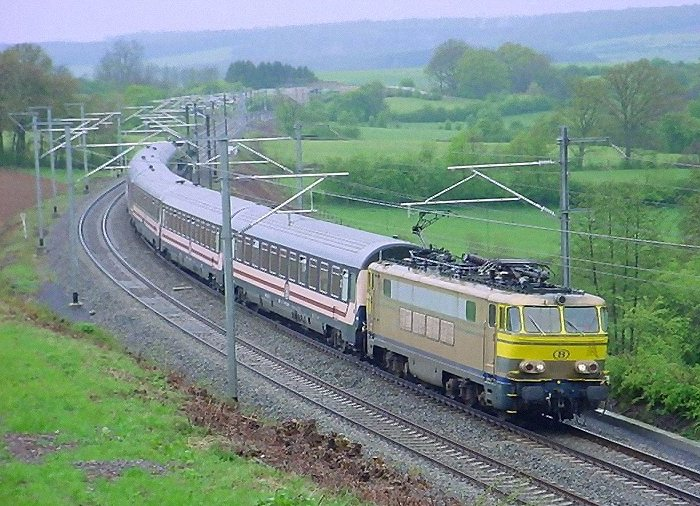 pictures/sncb-polycourants/1608-20030426-voneche.jpg
