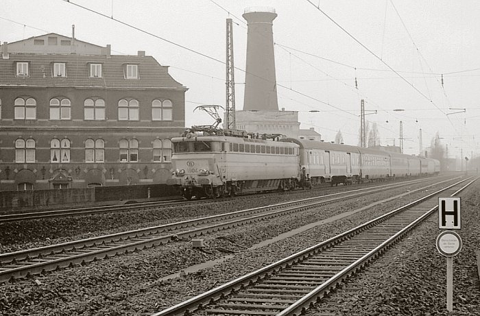 pictures/sncb-polycourants/1804-19820322-ehrenfeld-1.jpg