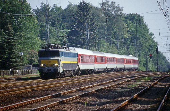 pictures/sncb-polycourants/1805-19980520-aachensued-1.jpg